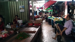 Mawlamyine・パアン・、mawlamyine zeigyi no.2 market マーケット、食料品