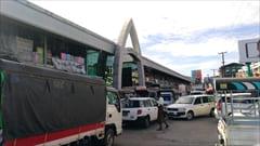 Mawlamyine、一番大きなマーケット、生活用品、お土産、mawlamyine zeigyi central market 写真