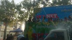 ミャンマー、Mawlamyineのウォーターフェスティバルの時の写真です。